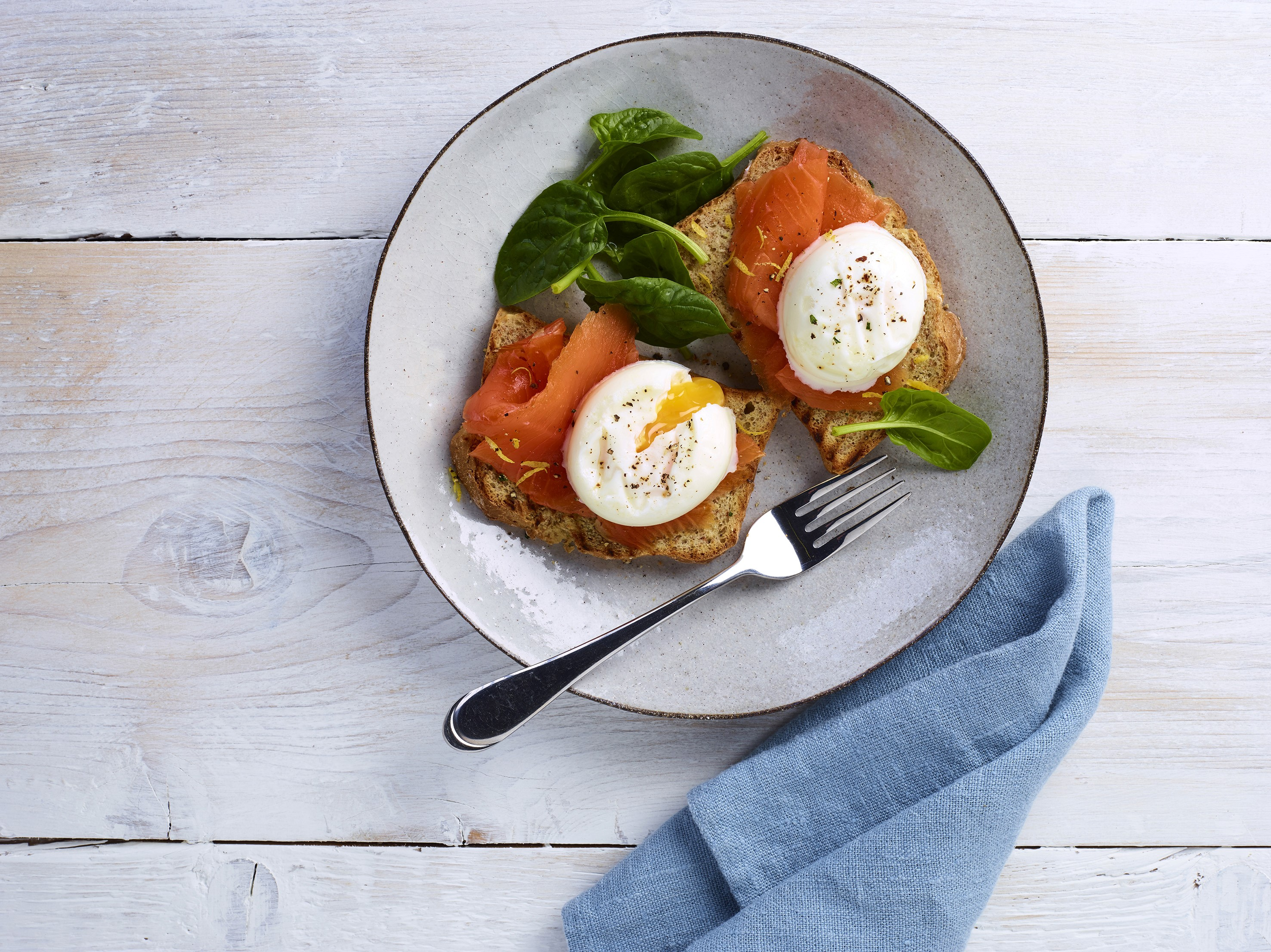 Brakes' British Lion Quality Free Range Poached Eggs